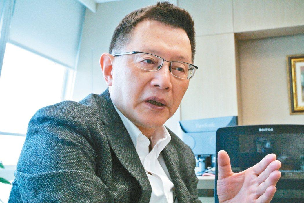 警政署前署長、中國信託反毒教育基金會副董事長王卓鈞認為,反毒應是全民運動,家庭、...