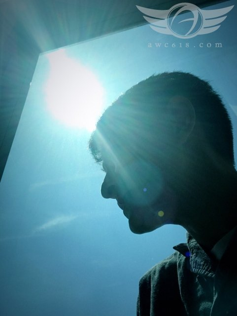 劉德華2日在華仔天地發表最新動態,貼出一張在戶外的自拍照。圖/擷自華仔天地