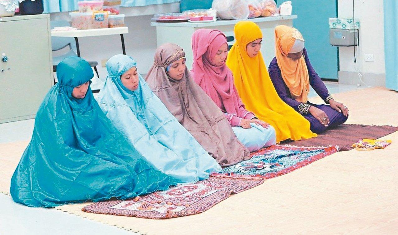 因穆斯林學生急速增加,東華大學在2年前設置穆斯林禱告室。 圖/東華大學提供