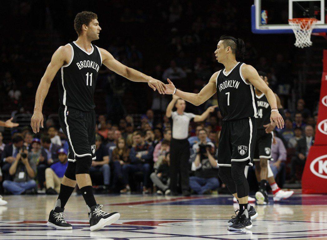 籃網做出交易,送洛培茲去湖人換來後衛羅素,下季將不再有「布魯克林」連線。 美聯社...