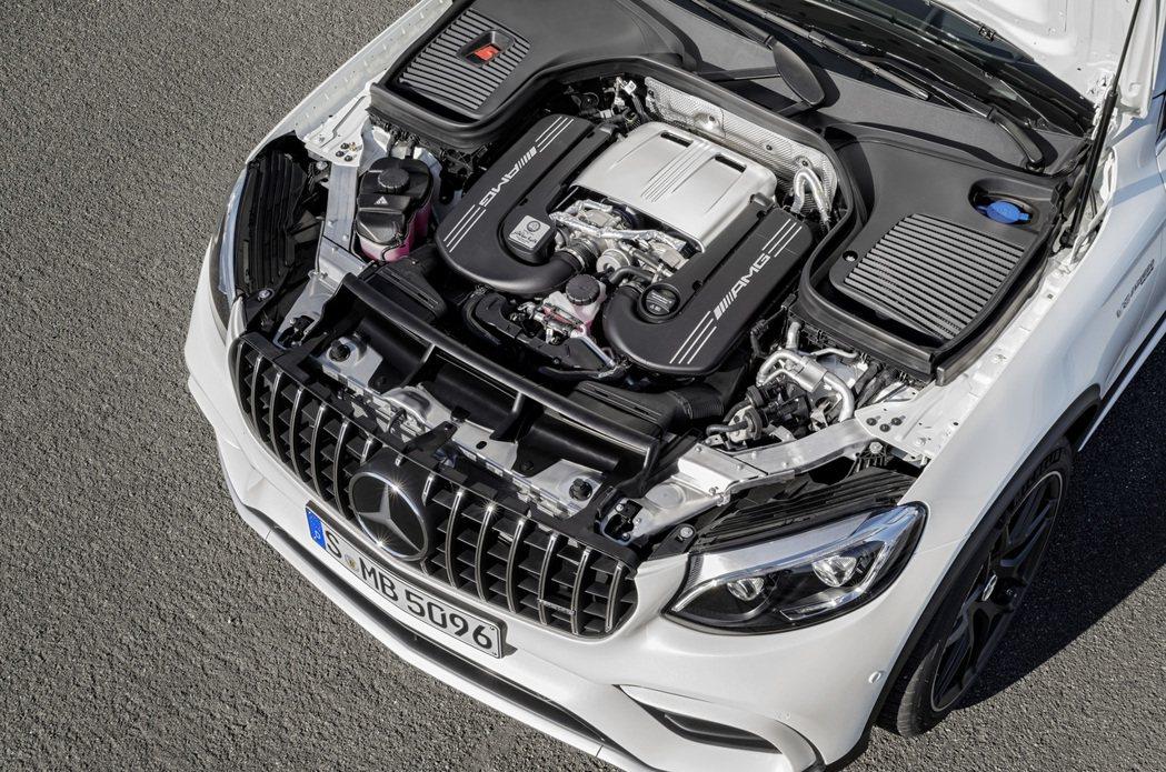 4.0升V8雙渦輪增壓引擎。Mercedes提供