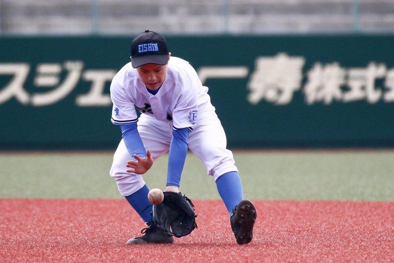 豐田毅認為,打棒球可以讓中輟生們更積極,並且體會與人合作的重要,增強面對困難的解...