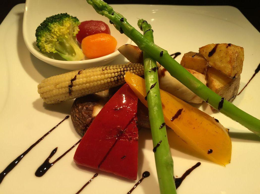 冠月精品旅館的義式料理,用在地新鮮食材適性烹煮,色香味俱全。圖/業者提供 ICW...