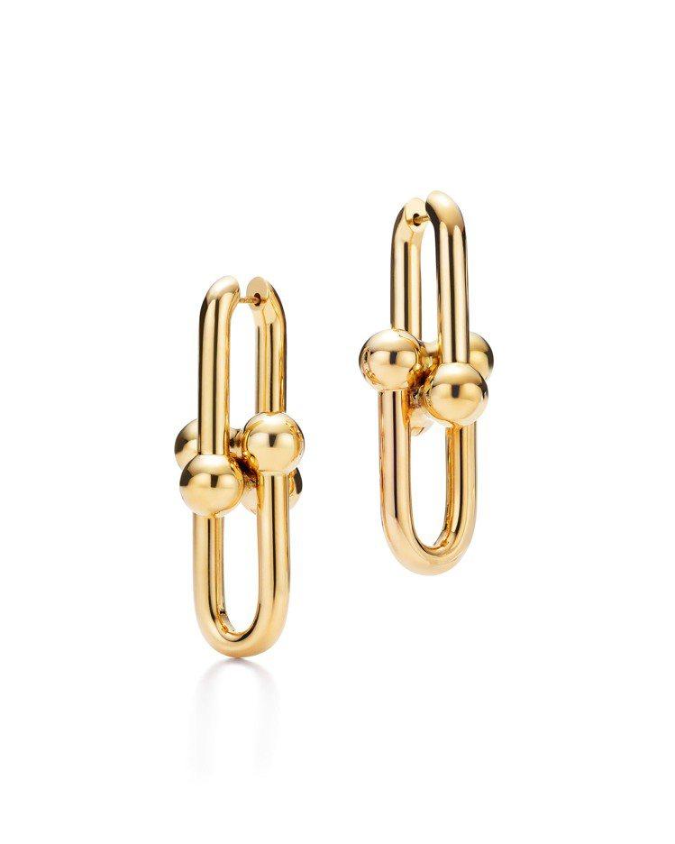 Tiffany HardWear鍊結設計18K金耳環,15萬3,000元。圖/T...