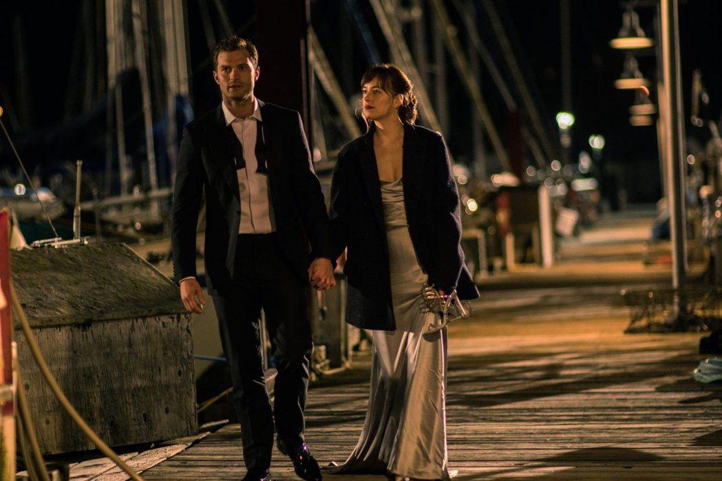 「格雷的五十道陰影2:束縛」是今年度評價極差卻票房不糟的影片。圖/摘自imdb