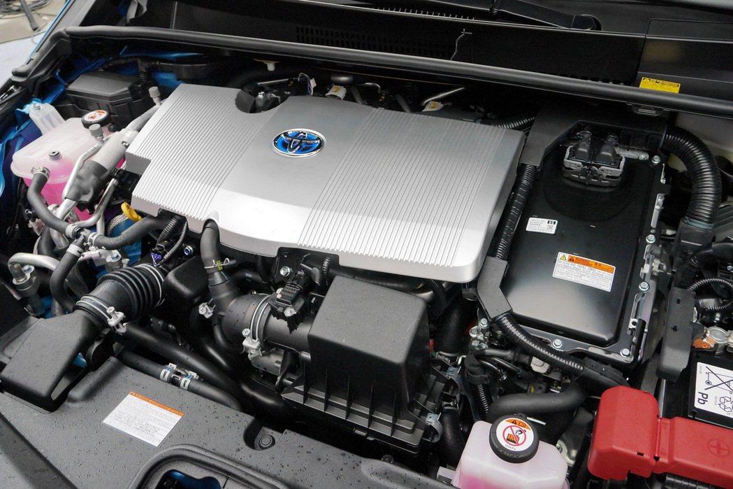 Prius PHV以Prius四代所採用的1.8升Atkinson循環引擎為動力...