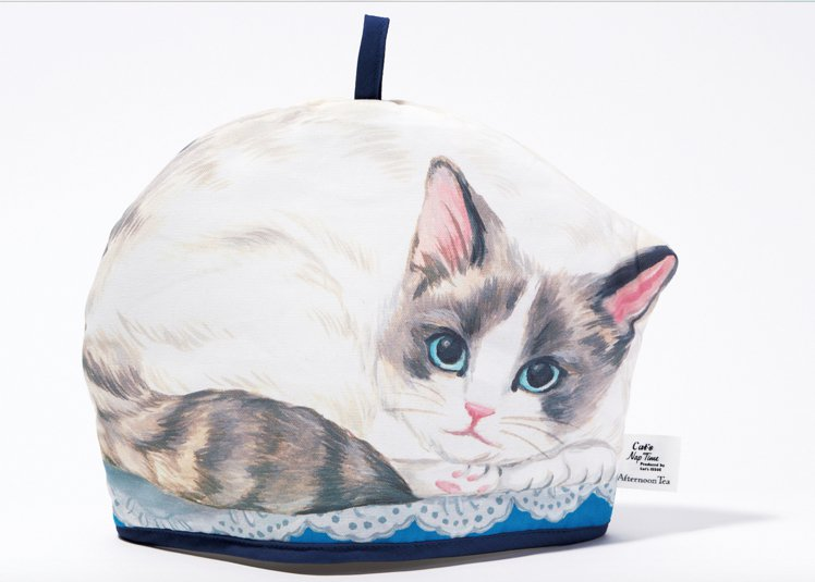 西點貓咪茶壺保溫套,售價990元。圖/Afternoon Tea提供