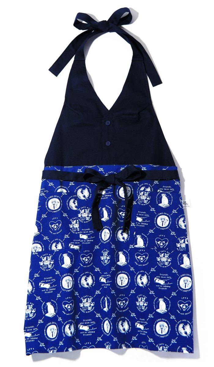 西點貓咪深V連身圍裙,售價1,580元。圖/Afternoon Tea提供