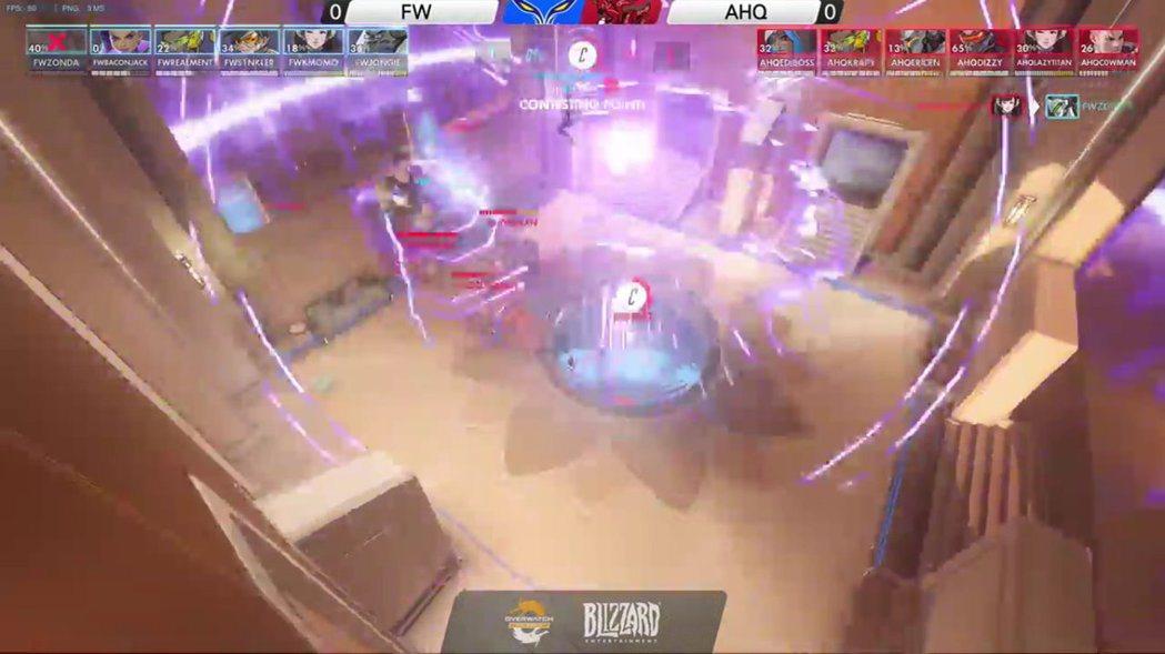 駭影在比賽中有時會取代輔助的位置出場。 圖/OPC賽事VOD
