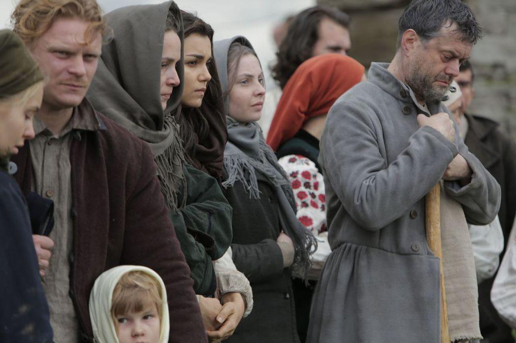 電影《烏克蘭悲歌》揭露烏克蘭歷史慘痛的一頁。圖/捷傑電影提供