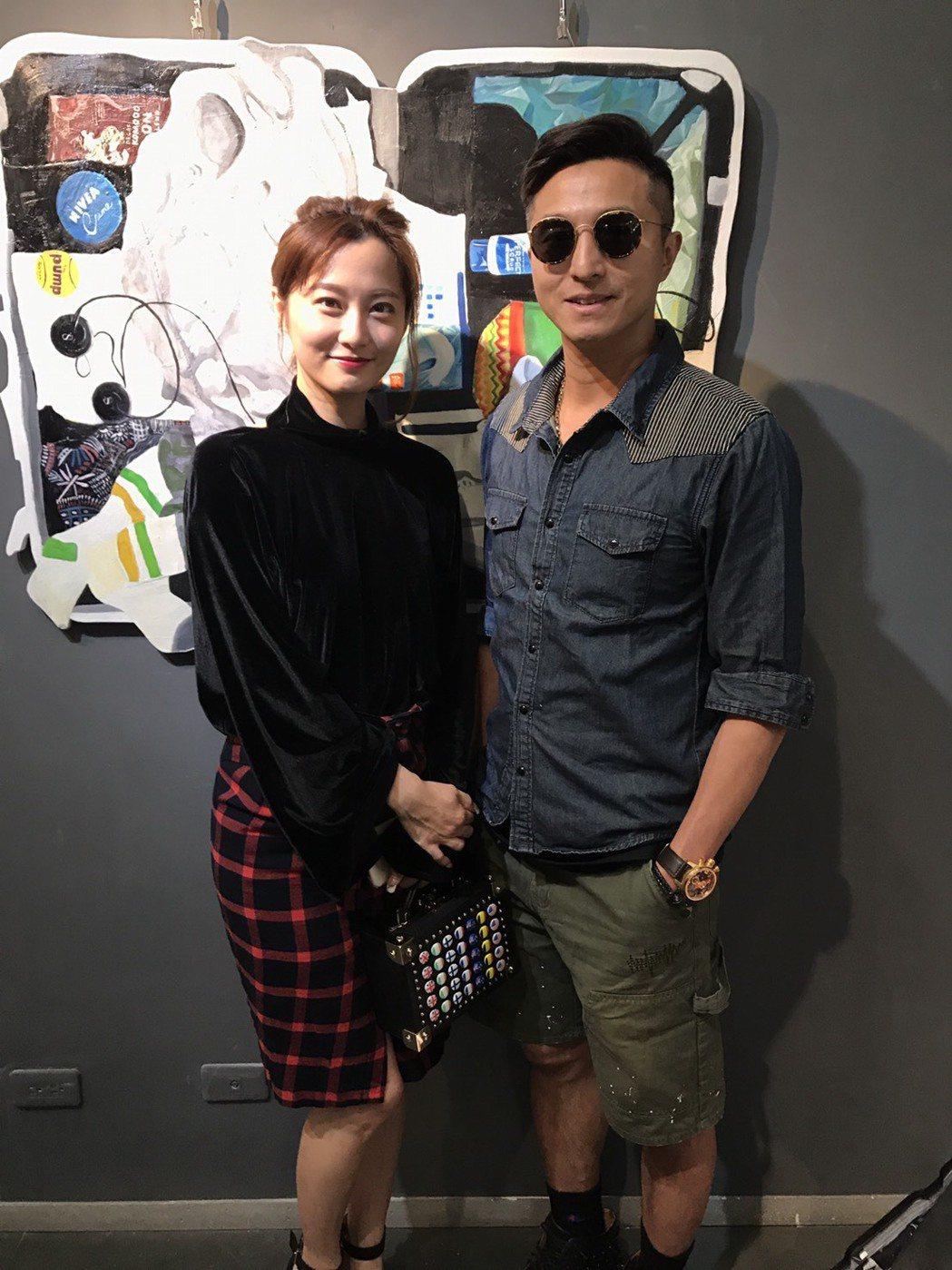 趙小僑(左)和王少偉合體,喚起不少戲迷的記憶。圖/經濟人修毅提供