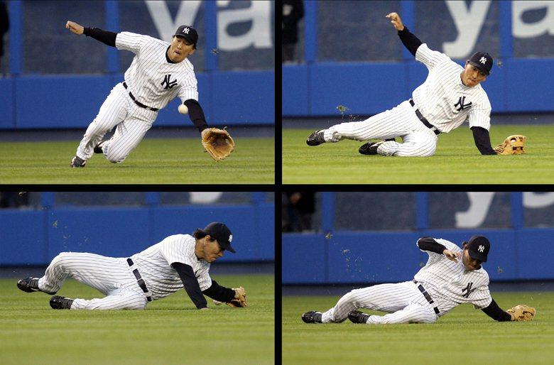 2006年,當時效力紐約洋基隊的日及左外野手松井秀喜,再與紅襪隊的賽事中,因飛撲接球而導致左手腕骨折,並使松井秀喜在大聯盟的連續出賽記錄中止於518場。 圖/路透社