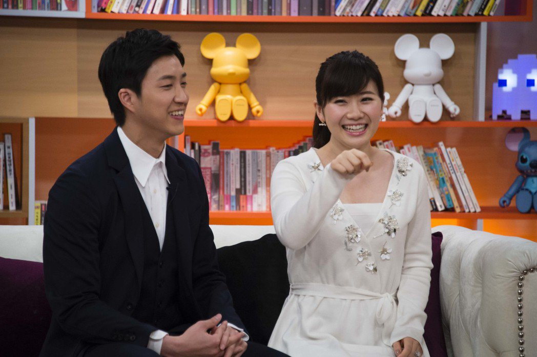 江宏傑(左)和福原愛首度接受電視專訪。圖/TVBS提供