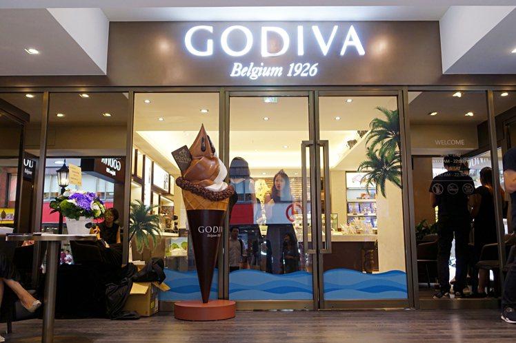 亞太區首間GODIVA生活形象店進駐台北東區。圖/記者沈佩臻攝影