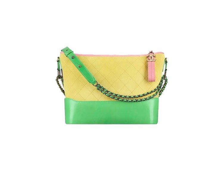 Gabrielle Chanel hobo包,推出麂皮款式(小)。10萬4,90...