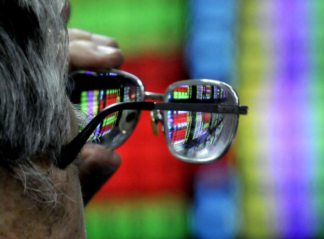 許多內資會藉公股動向判斷政府態度,進而影響市場氣氛。 圖/報系資料照