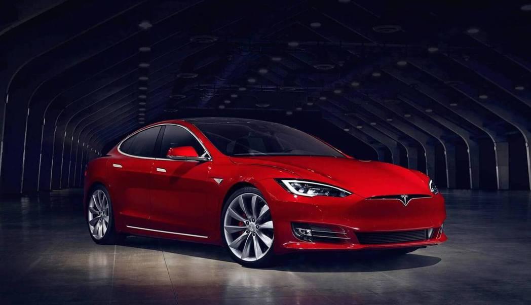 Model S。Tesla提供