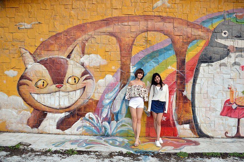 石門海岸的龍貓彩繪