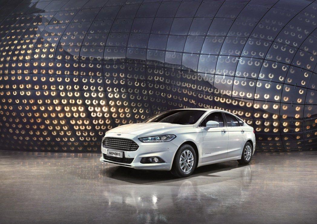 Ford Mondeo。 圖/福特六和提供