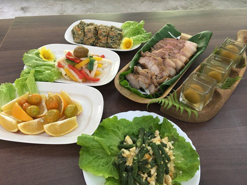 具有部落特色的風味餐,依照時節將有不同變化。記者陳麗婷/攝影