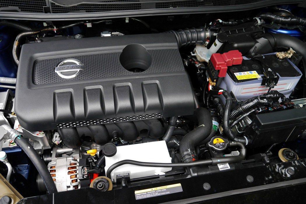 自然進氣版採用HR 16DE雙獨立可變汽門正時系統引擎。 記者陳威任/攝影