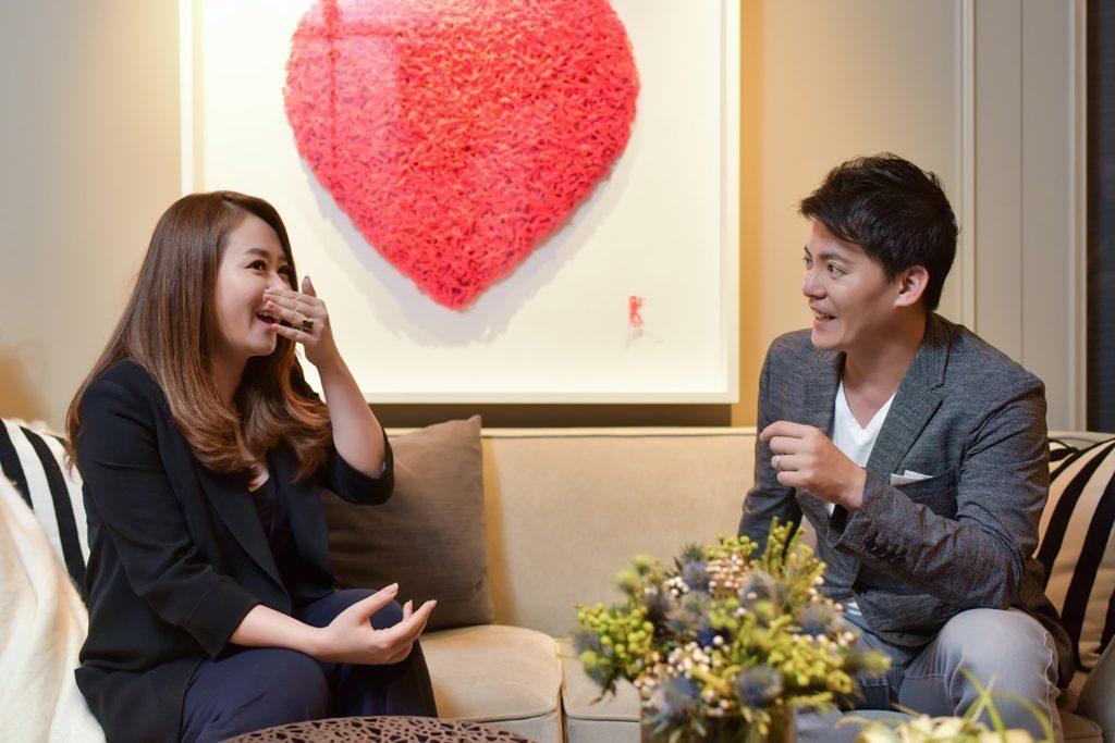 IDAN與同樣常因工作往返於不同國度的知名文史旅行家謝哲青老師,也曾在訪談中交換...
