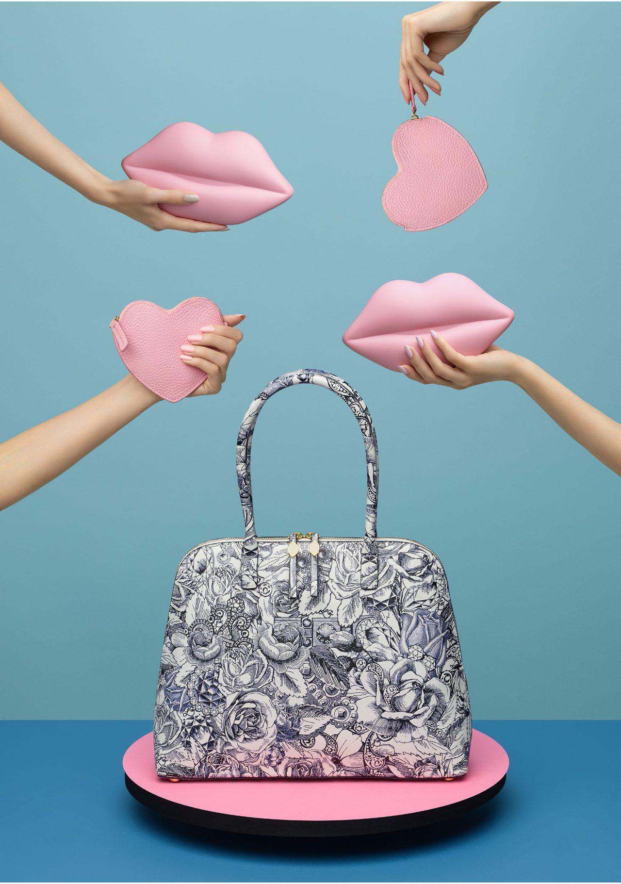 包款系列則推出與藝術家Kristjana S Williams的聯名系列「INN...