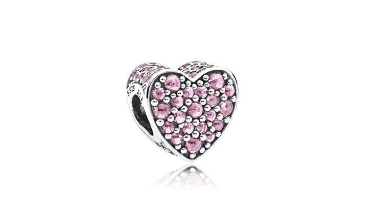 心形粉紅鋯石925銀串飾,3,380元。圖/PANDORA提供