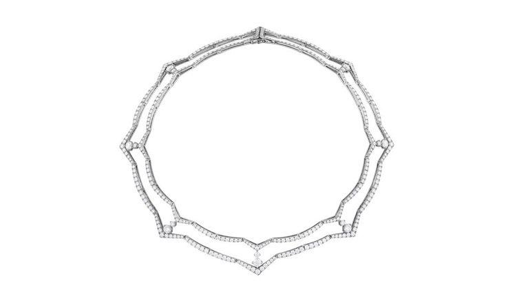 TRIPLICITY系列赫斯特圖騰雙層鑽石項鍊,靈感源自從空中鳥瞰赫斯特大樓的美...