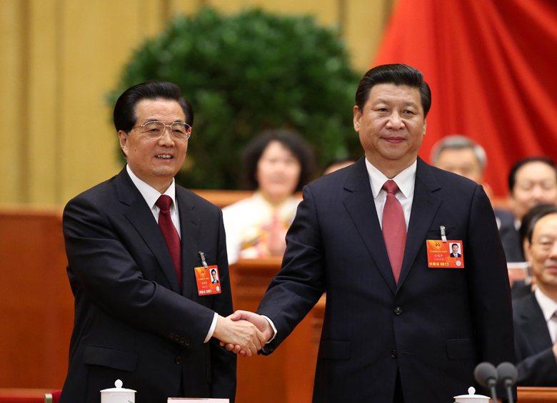 2013年,比胡錦濤強勢得多的習近平掌權。「和諧世界」被習提出的「中華民族偉大復...