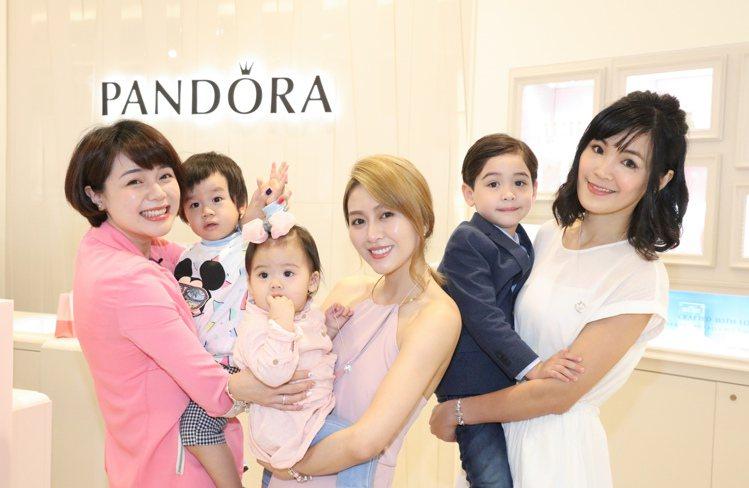丹麥珠寶品牌PANDORA在板橋大遠百品牌專櫃舉辦一日店長活動,邀請到當紅部落客...