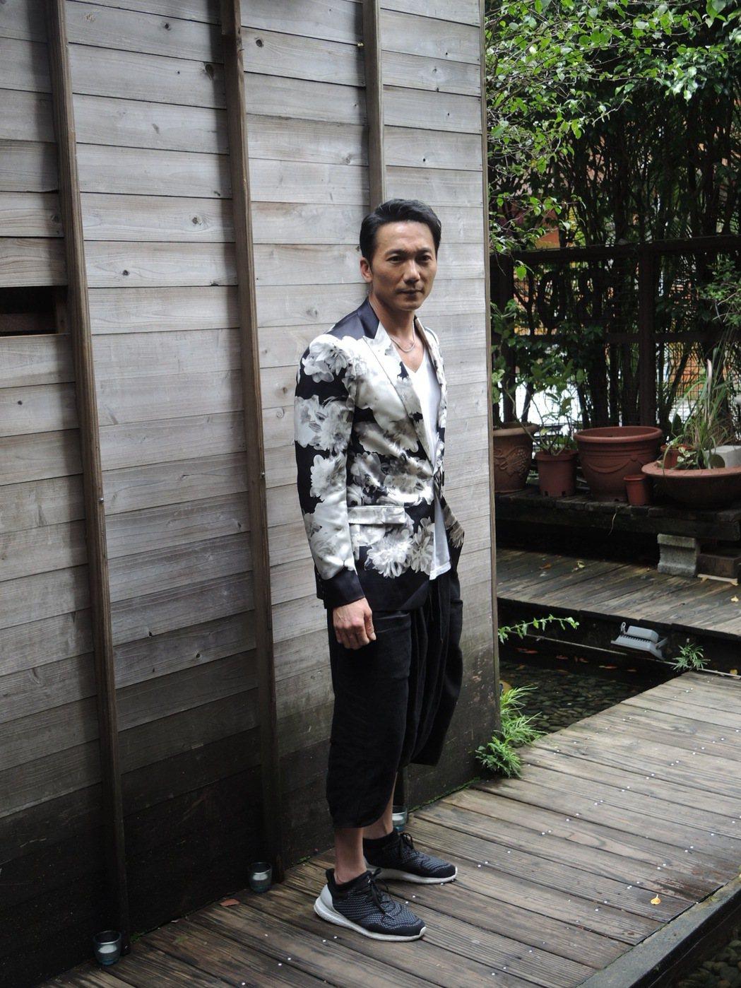 港星鄒兆龍出演過許多電影的大反派,最廣為人知的是「九品芝麻官」當中的常威。圖/齊