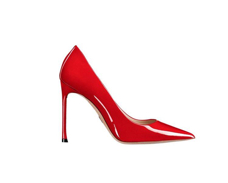 Dioressence 2017春夏正紅色亮面小牛皮與鞋底鑲綴幸運星星高跟鞋。圖...