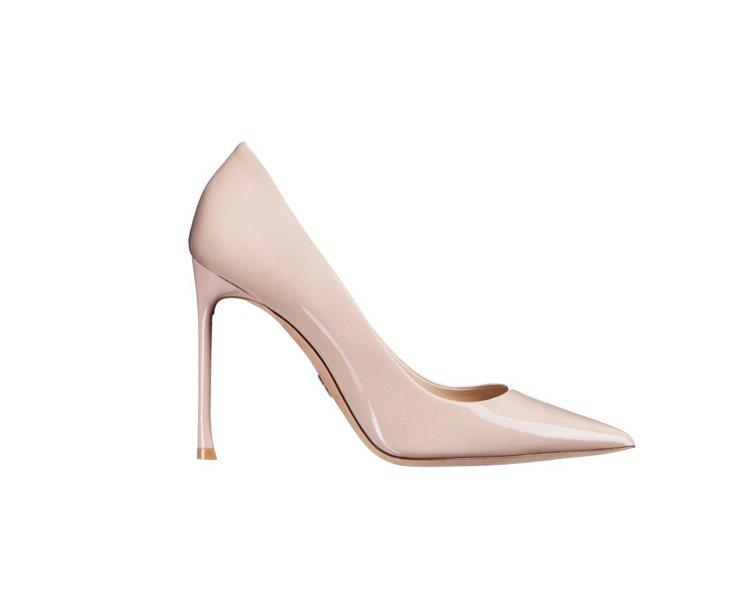 Dioressence 2017春夏裸色亮面小牛皮與鞋底鑲綴幸運星星高跟鞋。圖/...