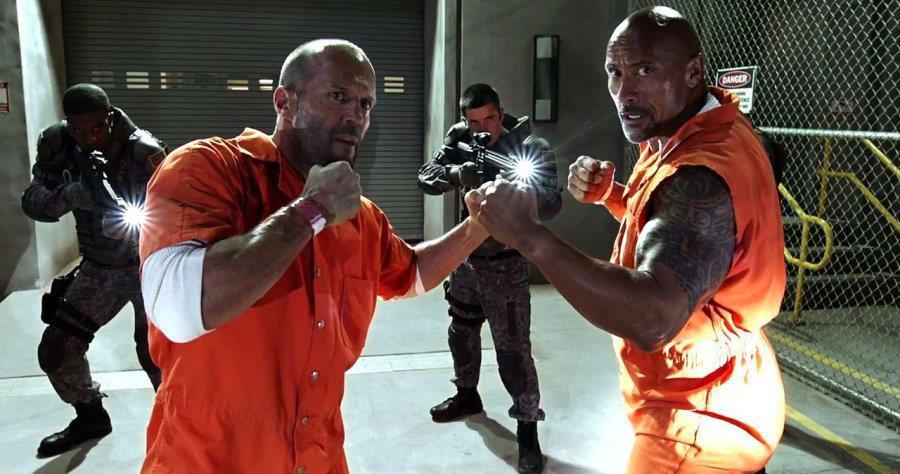 巨石強森(右)、傑森史塔森(左)原本有計畫要拍攝「玩命關頭」系列外傳電影。圖/U...