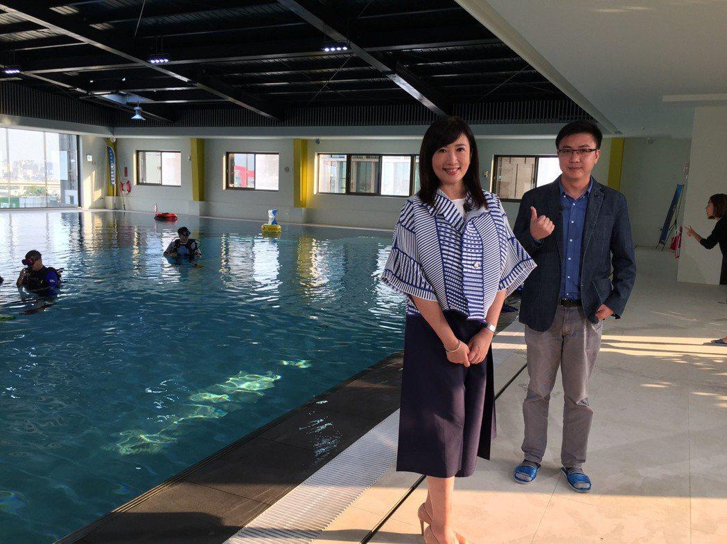 方念華採訪潛水旅館。圖/TVBS提供