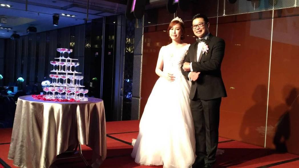 馬力歐和劉恩忻甜蜜完婚。記者李姿瑩/攝影