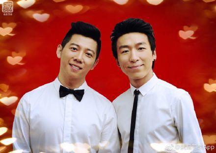 陳羽凡(右)與胡海泉合作歌唱團體「羽泉」,是多年的好夥伴。圖/翻攝自微博