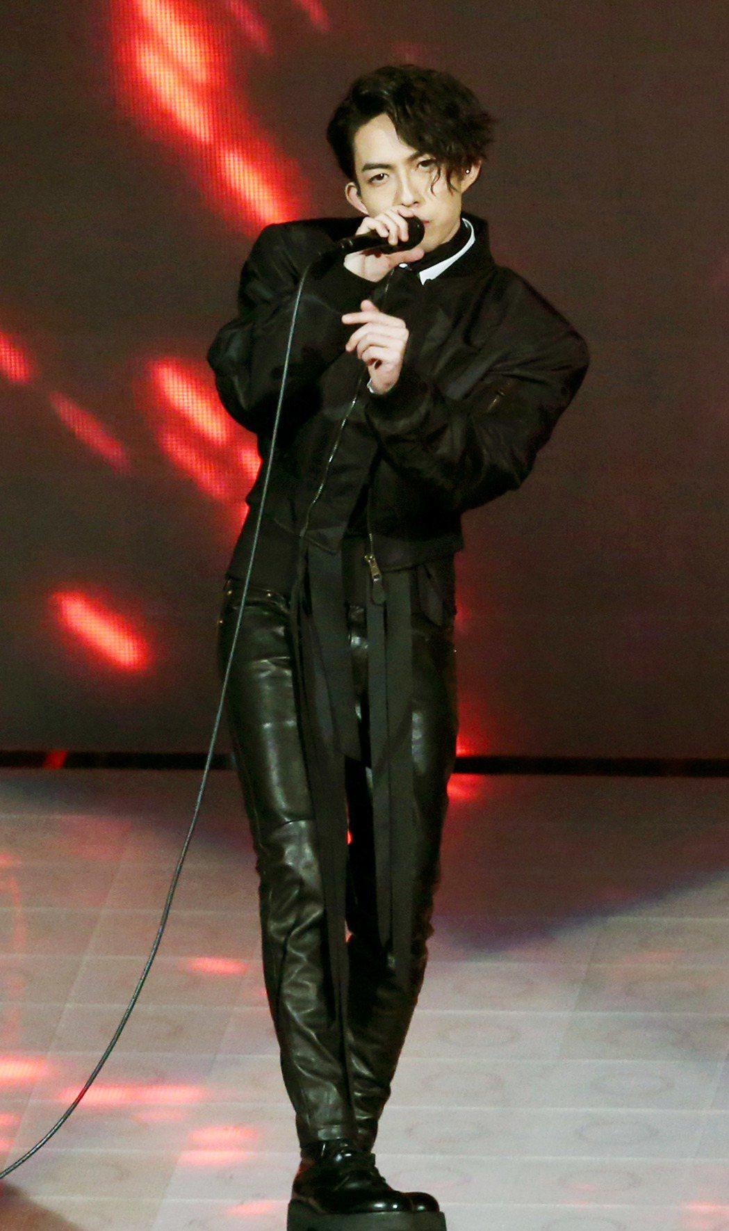 林宥嘉演唱會,第二場以全新造型開場表演。記者屠惠剛/攝影