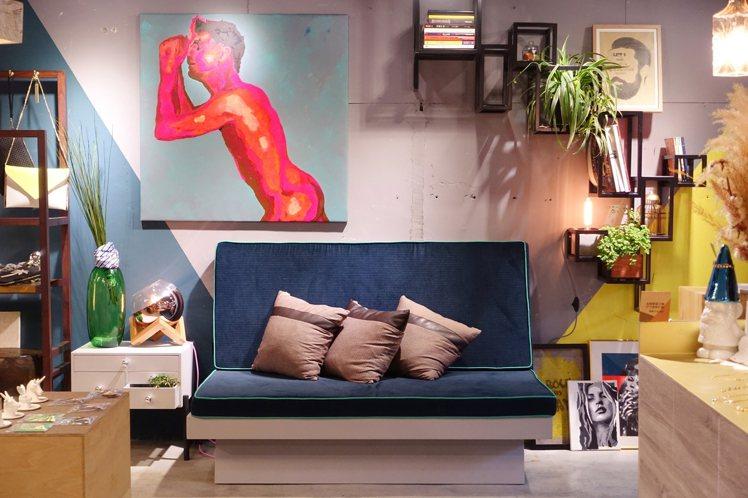 店內畫作由Runk等台灣設計師、畫家繪製。圖/記者沈佩臻攝影