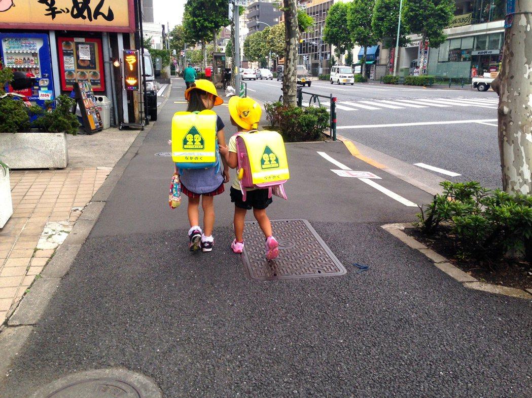 日本小學生。本報資料照/記者雷光涵攝影