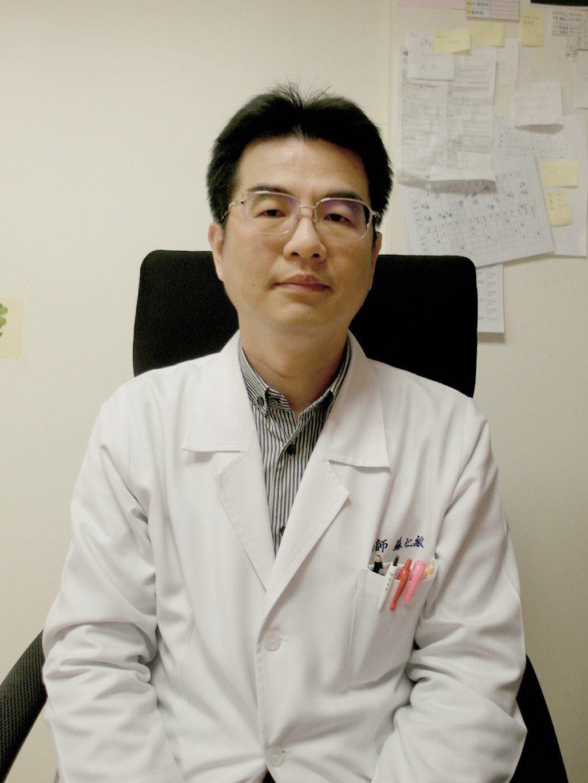 ▲蘇仁敏醫師強調,孕期到出生後2歲,這段期間寶寶腦部發育已完成80%,進展相當快...