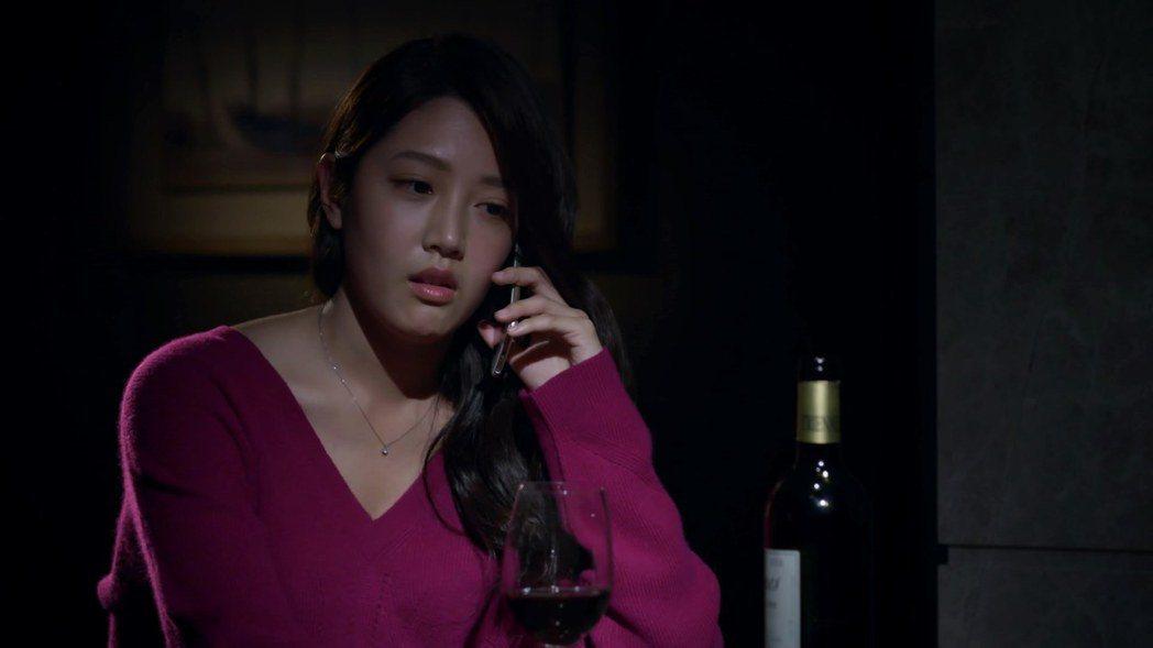 黃薇渟演出「鐘樓愛人」是很多男生心目中的女神。圖/東森提供