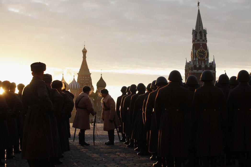 普丁治下的俄羅斯,再次踏上了新的復興之路,我們實在很難說普丁那句「俄羅斯的邊界沒...
