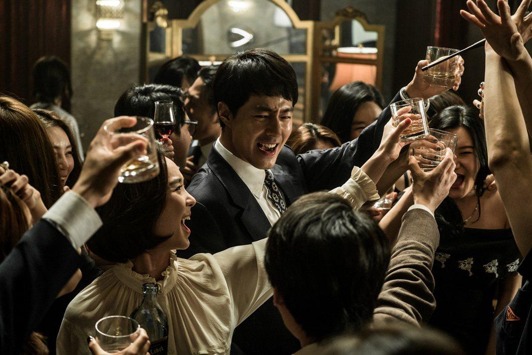 「金權性內幕」被評為韓版「華爾街之狼」。圖/得藝文創提供