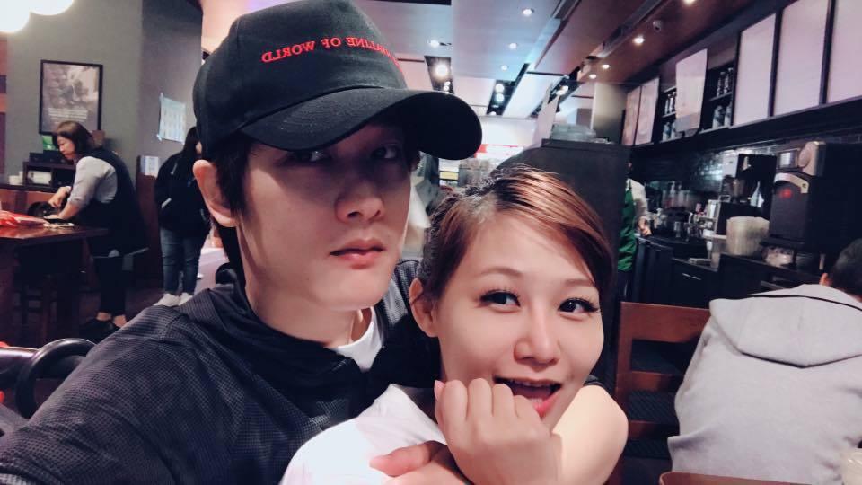 Nico品筠與Kim京燁夫妻間的趣味互動,常逗樂粉絲。圖/摘自臉書
