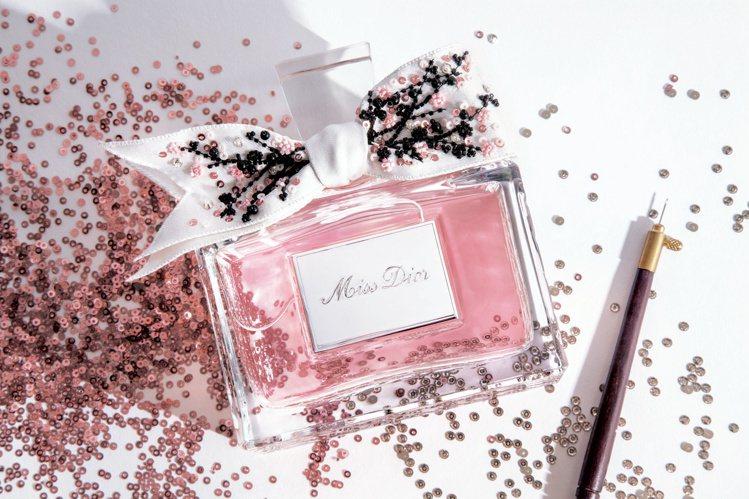 要價85,000元、台灣僅限量3瓶的Miss Dior花漾迪奧精萃香氛高級訂製珍...