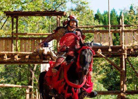 「放浪兄弟」AKIRA主演的新片「鑪場武士」選擇在台灣舉行國際首映。圖/牽猴子提