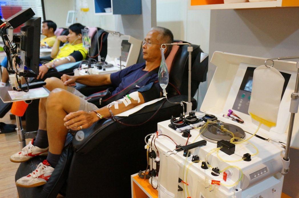 血小板的安全庫存也會不足,捐血中心會提前通知或鼓勵捐血人來捐。 圖/報系資料照