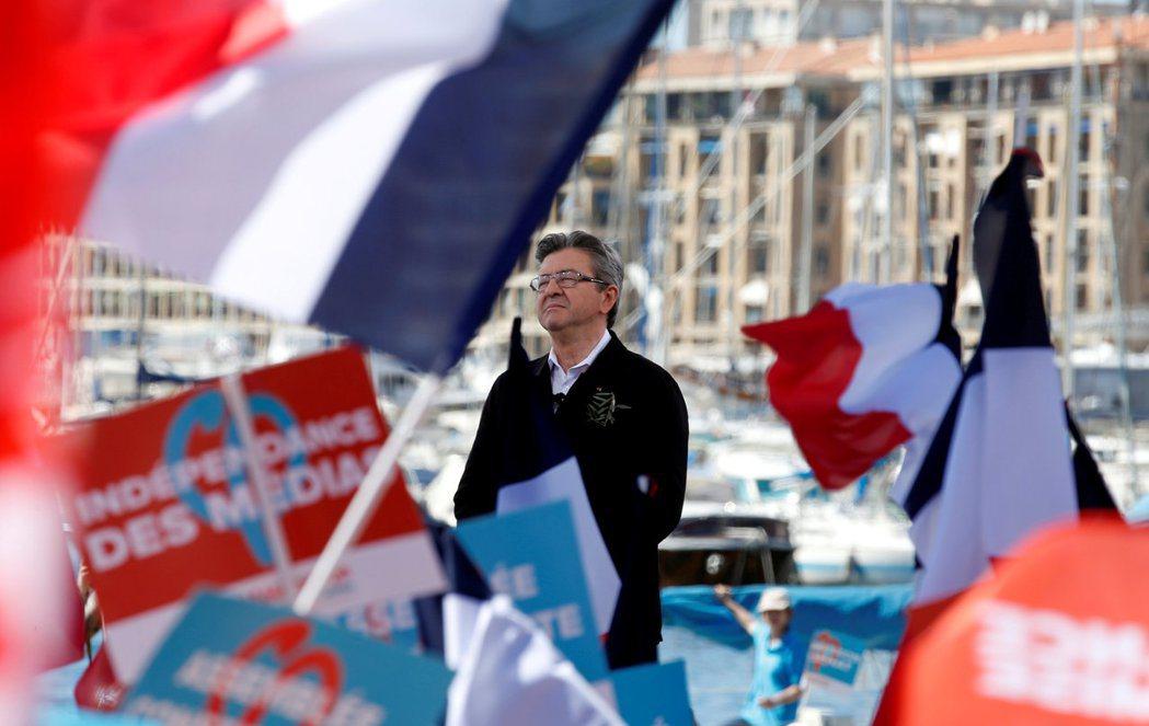 作為法國的真左派,梅朗雄的政策立場不脫反全球化、對抗新自由主義的框架,包含提高基...